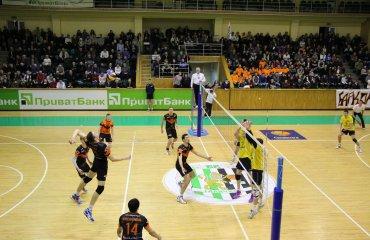 «Кажани» перемагають у третьому турі поспіль Барком-Кажани, Дніпро, суперліга, волейбол, чоловіки