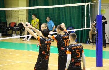Два різних поєдинки «Кажанів» у Чернігові Барком-Кажани,Буревісник, суперліга, волейбол, чоловіки