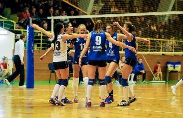 Рівненська «Регіна» бере очки на визїді в Луцьку Регіна,Континіум-Волинь, Суперліга, волейбол, жінки