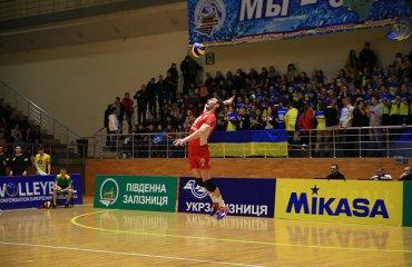 Локо без особых проблем берет очки на выезде Локомотив(Х), ВК Винница, суперлига, волейбол, мужчины