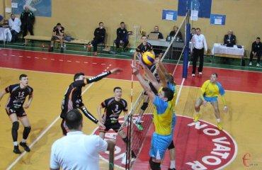 Завершальний тур вищої ліги волейбол вища ліга чоловіки фву тур чемпіонат україни