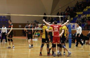 «Локомотив» не сбрасывает скорость волейбол, мужчины, суперлига