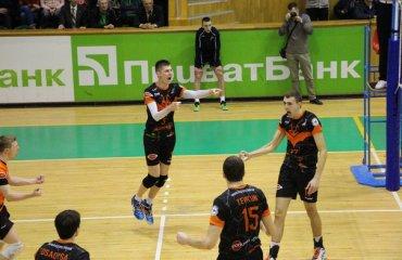 В останньому турі Суперліги «Кажани» зіграють з «Юракадемією» волейбол, мужчины, суперлига, украина