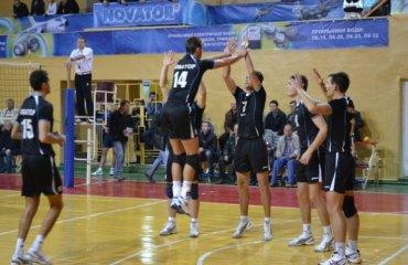 Квартет кращих команд вищої ліги розпочне боротьбу за титул вже у п'ятницю волейбол, мужчины, высшая лига, украина