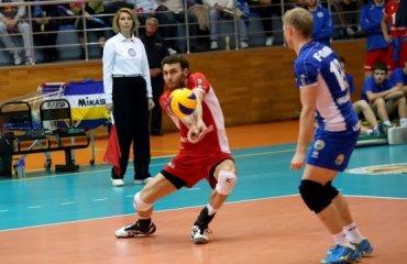 «Локомотив» с легкостью обыграл «Фаворит» волейбол, мужчины, суперлига, украина