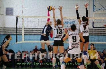 «Орбита» вышла на второе место волейбол, женщины, суперлига