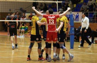 «Локомотив» — лидер группы «А» волейбол, мужчины, суперлига