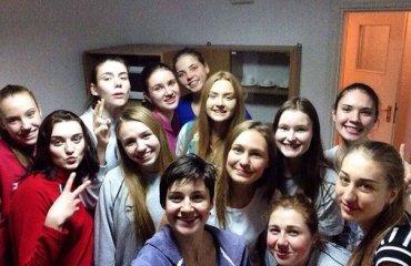 Жiноча збірна України U-19 з'їхалась на збір до Тернополя волейбол, женщины, сборная, украина