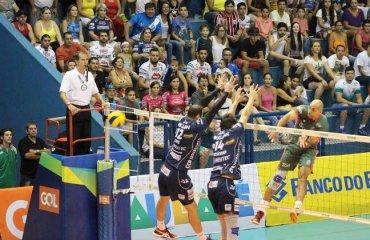 Шок для фанатов Фунвика, Бразил Волей Кирин выходит в финал плей-офф Бразил Волей Кирин, Фунвик