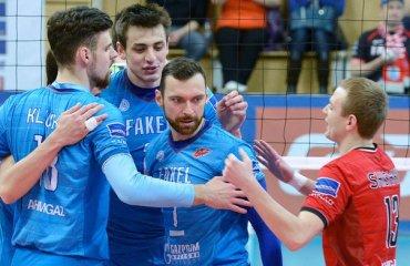 Капитан «Факела» Игорь Колодинский получил травму в матче с краснодарским «Динамо» волейбол, мужчины, суперлига, россия