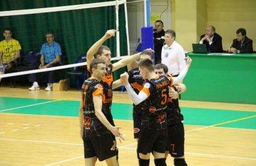 Досрочно определились два участника плей-офф волейбол, мужчины, суперлига, украина