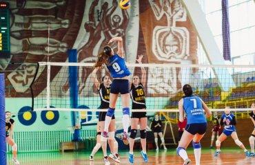 Лучанки здобувають другу перемогу в Рівному волейбол, женщины, суперлига, украина