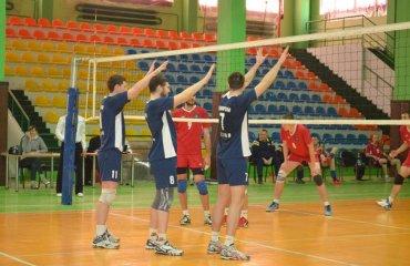 «Химпром-СумГУ» в последнем матче второго этапа проиграл «Юракадемии» волейбол, мужчины, суперлига, украина