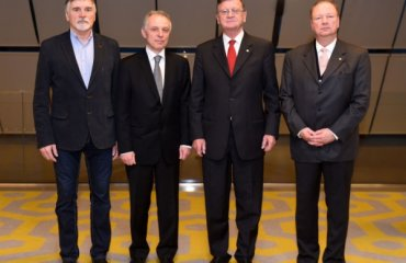 Президент CEV и чиновники MEVZA обсудили будущее волейбола волейбол