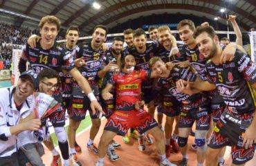 Прошлогодний чемпион Италии сложил свои полномочия, проиграв в полуфинале Мачерата, Перуджа