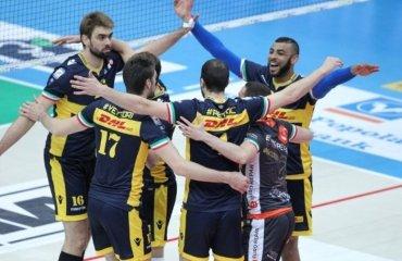 В финале итальянской мужской Суперлиги сыграют «Модена» и «Перуджа» Модена, Трентино