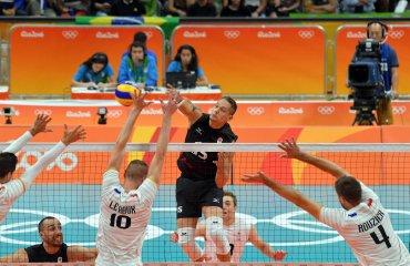 Французские волейболисты одержали вторую победу подряд на ОИ в Рио, обыграв канадцев сборная Франции