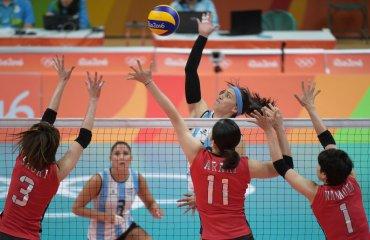 Волейболистки сборной Японии победили команду Аргентины в матче Олимпиады в Рио сборная Японии