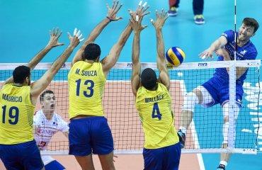 Волейболисты сборной Бразилии Бразильские волейболисты обыграли французов и вышли в плей-офф ОИ-2016 сборная Бразилии
