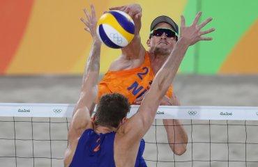 Броуэр и Мююсен стали полуфиналистами ОИ-2016 в пляжном волейболе Александр Броуэр и Роберт Мююсен
