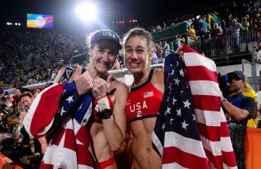 Легендарная Керри Волш Дженнингс и Ейприл Росс добывают бронзу Олимпийских Игр