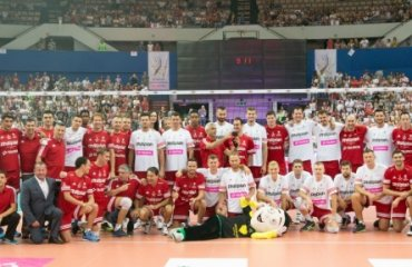 Легенды польского волейбола обыграли мировых легенд в Гдыне