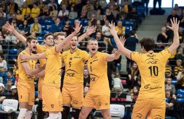 Трансляция матча польской Плюс-лиги волейбол, мужчины, суперлига, украинцы, польша, плюс лига, расписание, трансляция матча, скра, ольштын