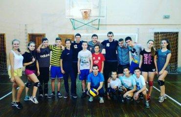 "Львівські ""Кажани"" провели майстер-клас з волейболу для школярів (ВIДЕО) волейбол, мужчины, суперлига, украина, барком, кажаны, львов. видео, мастер-класс"