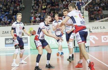 Трансляция матчей польской Плюс-лиги мужской волейбол, чемпионат польши, плюс-лига, ресовия, закса. ольштын, быдгощ, видео, распсиание, трансляции матчей