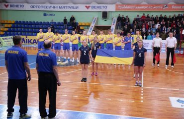 Збірна України U-17 виграла перший матч відбору на ЄВРО-2017 (ВІДЕО) мужской волейбол, юношеская сборная украины u-17, отбор на чемпионат европы в черкасах, видео, результаты, отчет матча, статистика матча