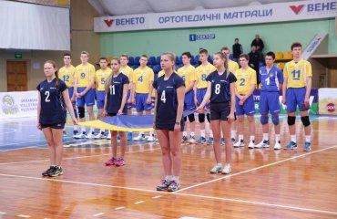 Збірна України U-17 здобула першу перемогу на EEVZA-2017 мужской волейбол, евза, сборная украины, u-17, чемпионат евза, черкассы, результаты, победа над грузией