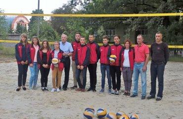 У ХОВУФКС відкрили перше в Україні відділення пляжного волейболу пляжний волейбол, харків, ховуфкс, пляжне відділення, перше в україні, фото, перше тренування