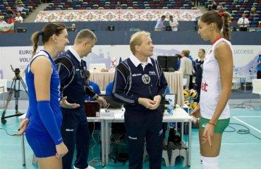 """Надія КОДОЛА: """"Билися на цьому чемпіонаті з Росією і Болгарією, будемо битися з подвійною енергією і з Туреччиною"""" женский волейбол, чемпионат европы 2017, женская сборная украины  болгарии, интервью надежда кодола капитан"""