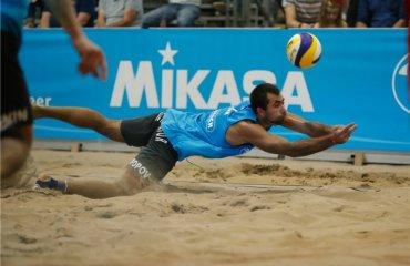 Песчаный барьер: что происходит с пляжным волейболом в Украине пляжный волейбол, украина, валерий самодай, олег плотницкий, ситуация в украине