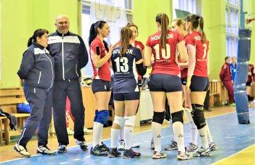 """Жіночій """"Новатор"""" бере курс на Суперлігу женский волейбол, вища ліга україни 2017\18, новатор хмельницький, олексій колісецький, жіночий новатор, інтервью"""
