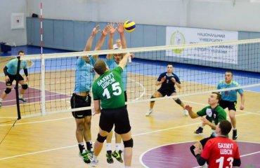 Вища ліга (чоловіки). 4-й тур. Сталася зміна лідерів мужской волейбол, чоловічий волейбол україни, вища ліга україни, результати 4-го туру
