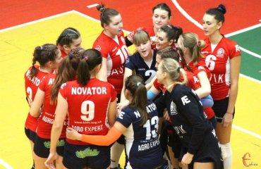"""Хмельницький """"Новатор"""" достроково став переможцем Вищої ліги України 2017\18 женский волейбол, жіночий волейбол, хмельницький новатор, суперліга вища ліга 2017\18, переможець, фінал чотирьох. результати матчів"""