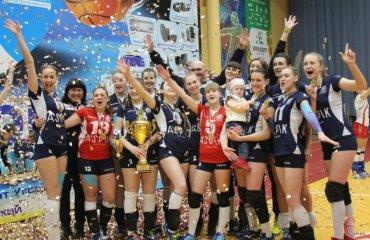 """Хмельницький """"Новатор"""" пробивається до Суперліги женский волейбол, жіночий волейбол, вища ліга україни 2017\18, чемпіонат україни, новатор хмельницький, кращі гравці, результати фіналу чотирьох"""