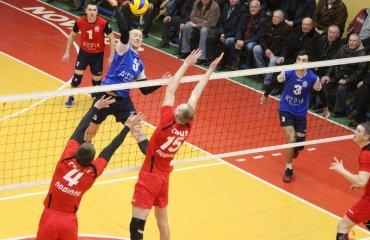 """В першому матчі за """"бронзу"""" """"Новатор"""" виявився сильнішим мужской волейбол, чоловічий волейбол, суперліга україни матч за третє місце, серце поділля вінниця, новатор хмельницький"""