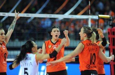 """Тияна Бошкович останется в """"Экзачибаши"""" до 2021 года женский волейбол, тияна бошкович, нападающая, турция, сербия, экзачибаши, 2021 год"""