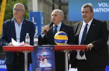"""Арі ГРАСА: """"Не сумніваюся, що учасники """"Фіналу шести"""" вразять стадіон """"П'єр Моруа"""" чоловічий волейбол, ліга націй-2018, агі граса, інтервью, фінал шести"""