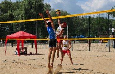 """Спекотні ігри """"Золотого берега"""" пляжний волейбол, чемпіонат україни, чернігів"""