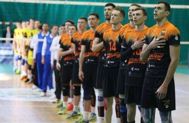 """Львівські """"кажани"""" презентували клубну програму (ВІДЕО) чоловічий волейбол, барком-кажани, клубна програма, перший випуск, відео, суперліга україни 2018\19"""