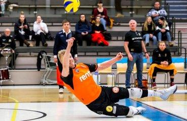 Гравець відсвяткував програний розіграш з суперниками (ВІДЕО) чоловічий волейбол, кубок фінляндії, курйозний момент, відео ліберо