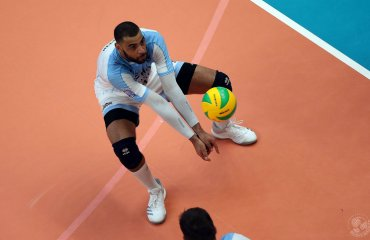 Фантастичний сейв Нгапета: він врятував м'яч ударом ногою через себе (ВІДЕО) чоловічий волейбол, ліга чемпіонів, ервін нгапет відео, зеніт-казань, сейв