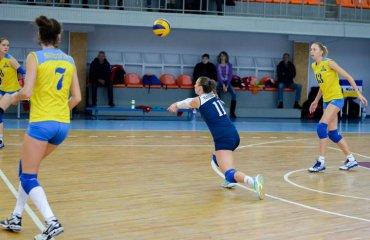 Ліберо Косяк стала новачком угорського клубу жіночій волейбол, анна косяк. трансфер, українська суперліга новатор хмельницький, уйпешт угорщина