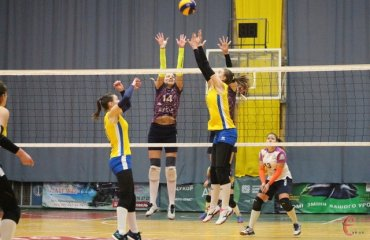 Суперліга (жінки). 10-й тур. Інтрига третього місця жіночий волейбол, суперліга україни, 10 тур, білозгар-медуніверситет, волинь-університет, вінниця, луцьк, хімік южний, результати огляд матчів