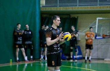 """Євгеній КІСІЛЮК: """"Ми максимально налаштовуємося на кожен новий матч"""" чоловічий волейбол, євгеній кісілюк, капітан інтервью, барком-кажани, збірна україни,суперліга україни, плей-офф, золота євроліга"""
