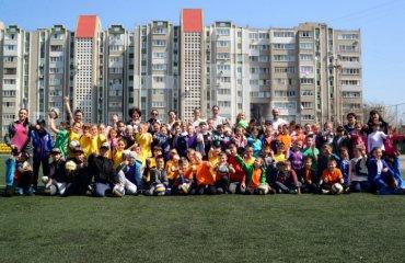 """Волейболистки """"Химика"""" отметили Всемирный день здоровья с учениками южненской школы женский волейбол, суперлига украины 2018\18, химик южный, всемирный день здоровья, школа, мастер-класс"""