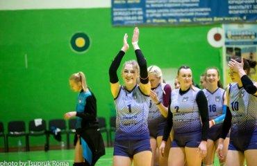 """Суперліга. Перехідні матчі. """"ШВСМ-СумДУ"""" та """"Регіна-МЕГУ"""" залишаються в еліті чоловічий волейбол, жіночий волейбол, суперліга україни 2018\19, перехідіні матчі, сум-ду, локомотив, регіна-мегу-ховуфкс"""